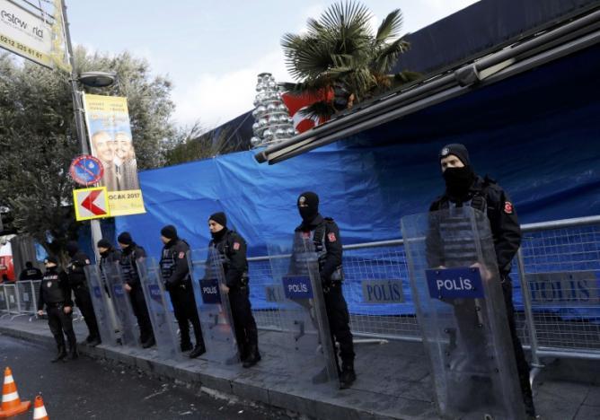 Isztambulban szilveszter előtt fokozott készültséget rendeltek el. Fotó: Reuters