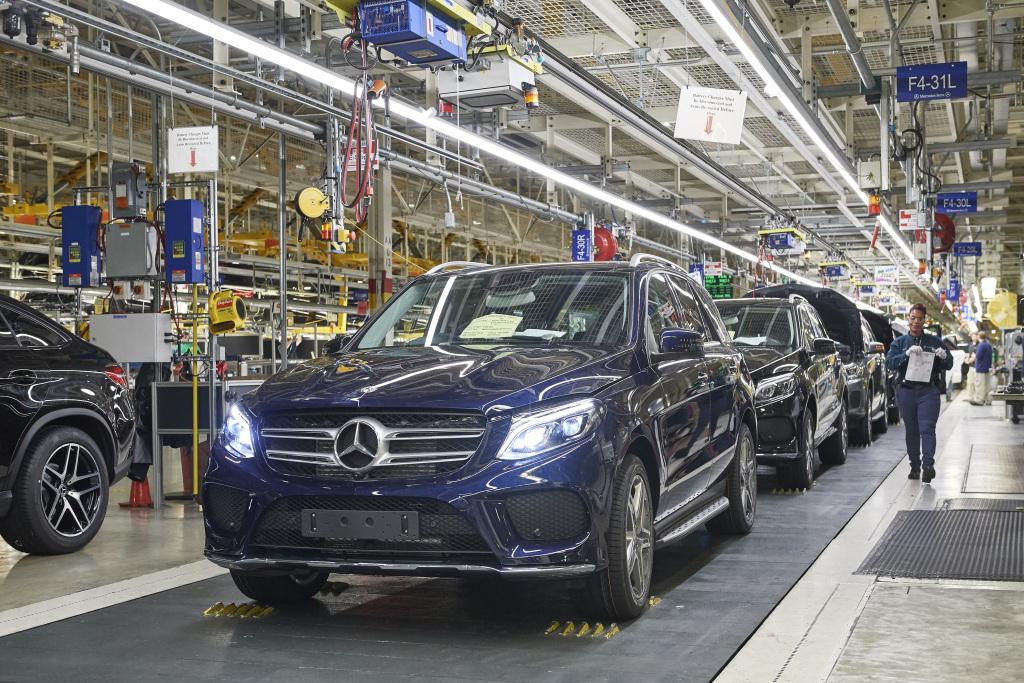 SUV gyártósor a Mercedes-Benz tuscaloosai üzemében, Alabamában - kép forrása: Daimler Global