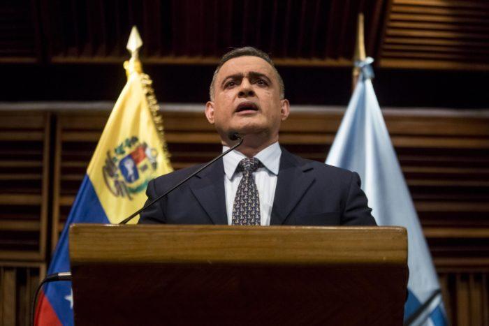 A venezuelai főügyész Tarek Saab sajtótájékoztatót tart Caracasban, 2017. november 30-án. EPA/MIGUEL GUTIERREZ