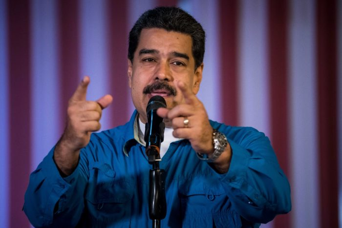 epa06494643 Venezuelan President Nicolas Maduro speaks during an event with the officialist coalition Gran Polo Patriotico (GPP) in Caracas, Venezuela, 03 February 2018. Maduro demanded the National Electoral Council (CNE) set a date for the presidential election, which will have to take place before May as decreed by the  Constituent Assembly.  EPA/MIGUEL GUTIERREZ