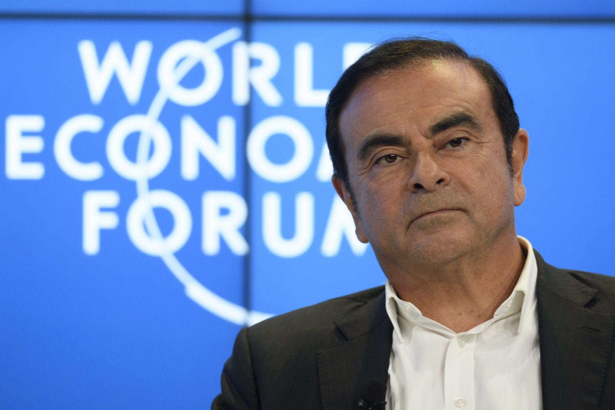 Carlos Ghosn, a Renault-Nissan-Mitsubishi csoport elnök-vezérigazgatója a 48. Világgazdasági Fórum megnyitóján Davosban, Svájcban 2018. január 23-án.   EPA/GIAN EHRENZELLER